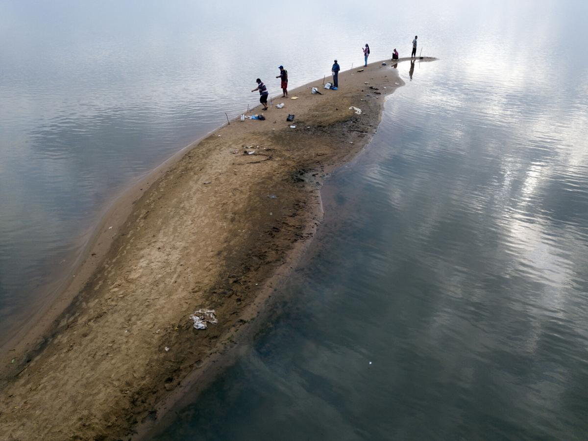APTOPIX Paraguay River Level