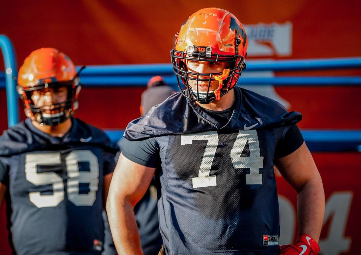 41e0d9054 After playing for four years at Alabama, offensive lineman Richie Petitbon  III is playing his final year of eligibility at Illinois alongside his high  ...