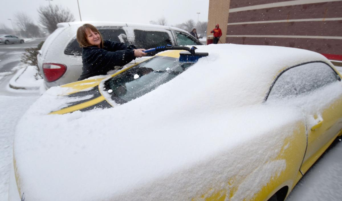 Slick roads, snowy conditions cause Central Illinois crashes