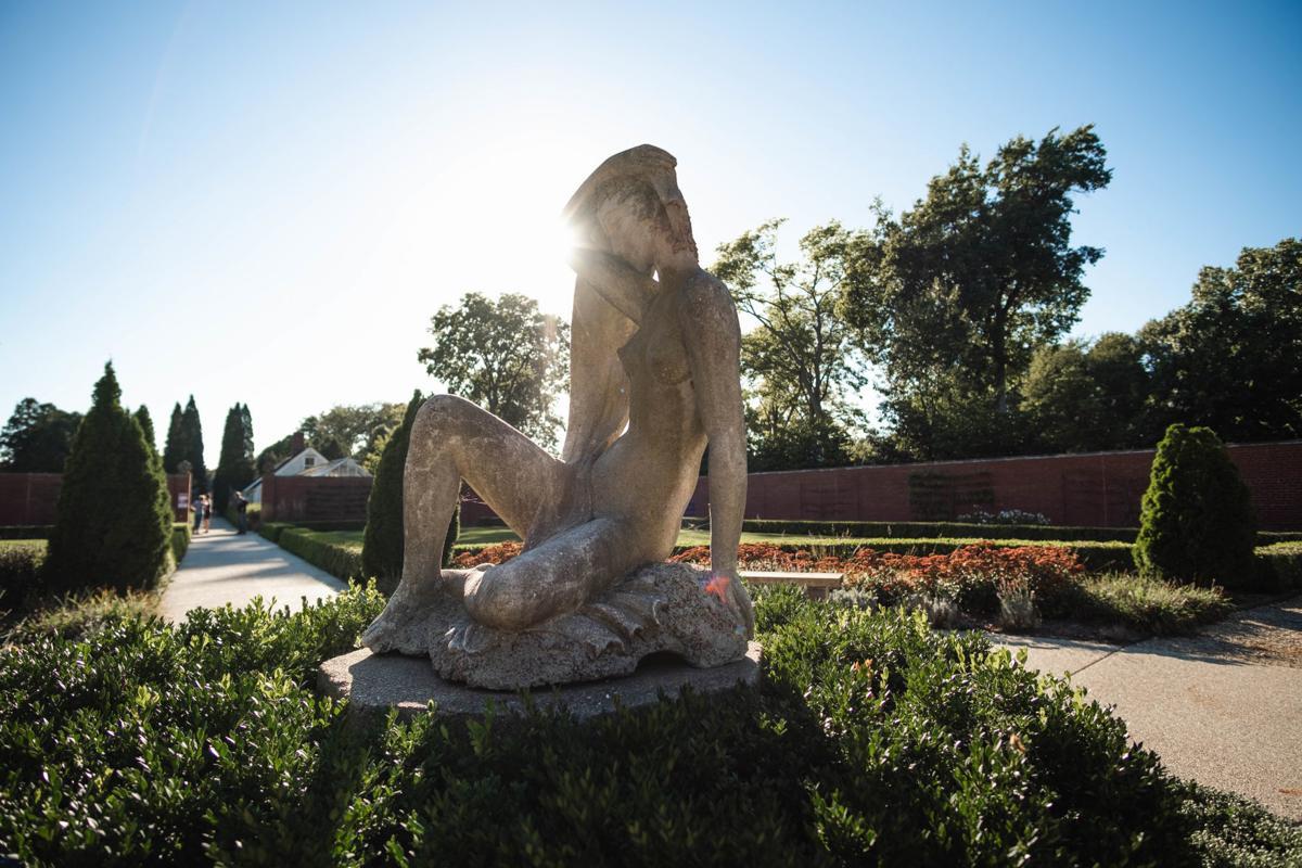 Allerton - Statue