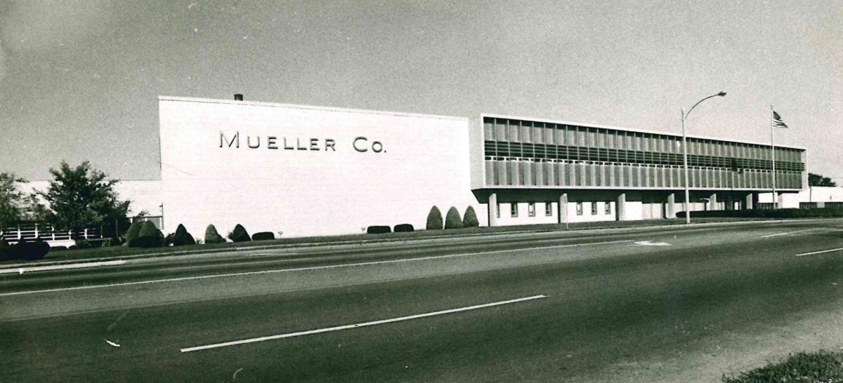 State leaders celebrate planned Mueller foundry in Decatur