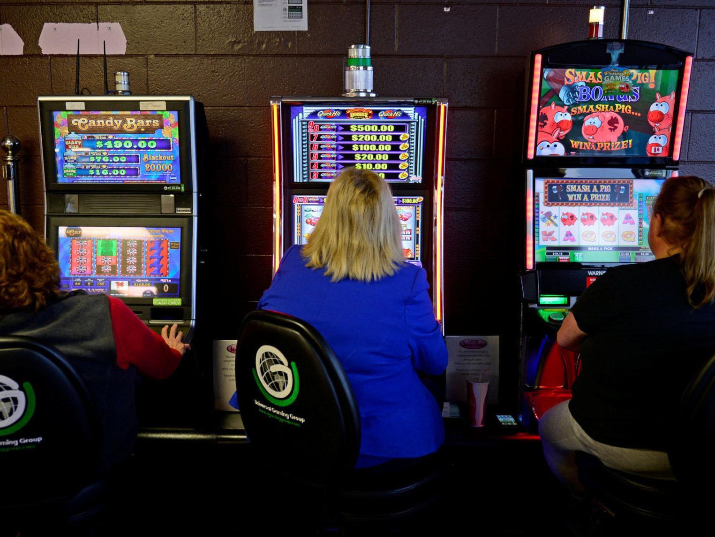 Smash The Pig Casino Game