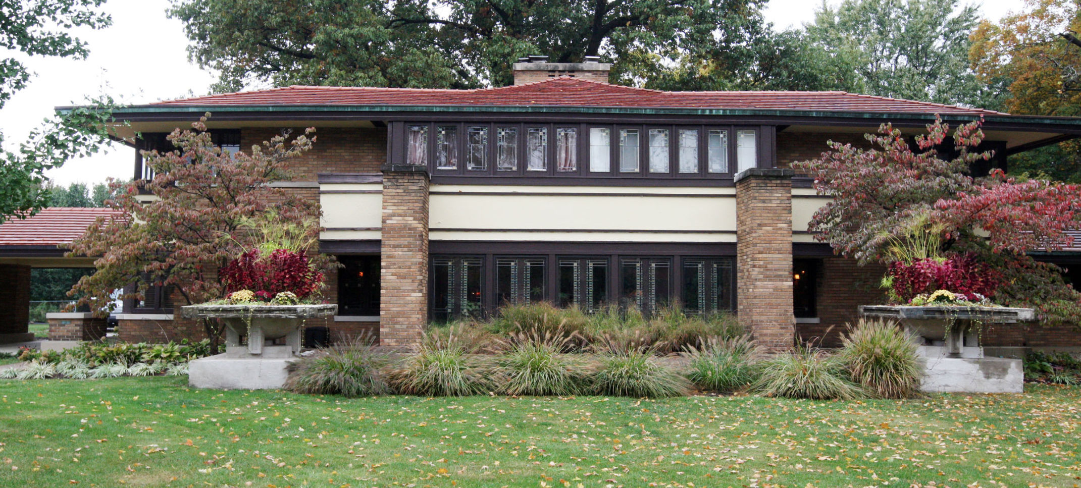 725 000 decatur home designed by frank lloyd wright goes on the rh herald review com