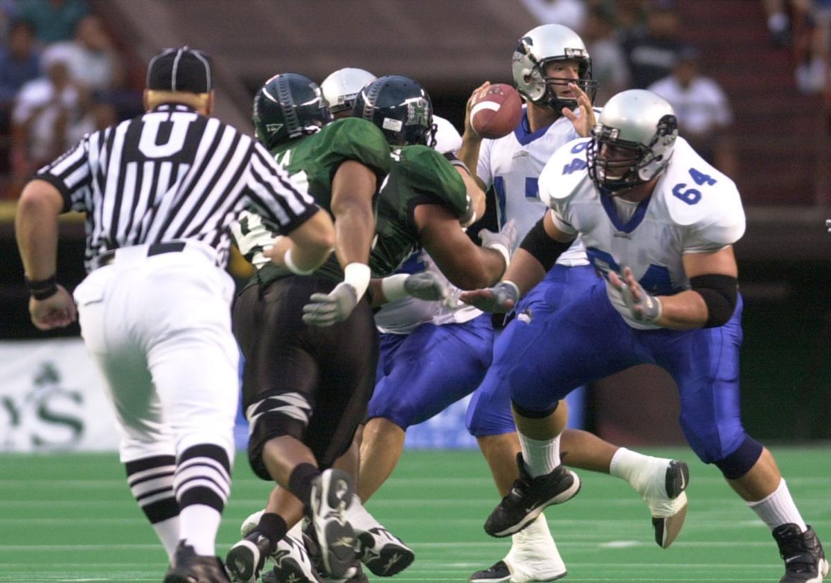 Tony Romo and Scott Sholl vs. Hawaii