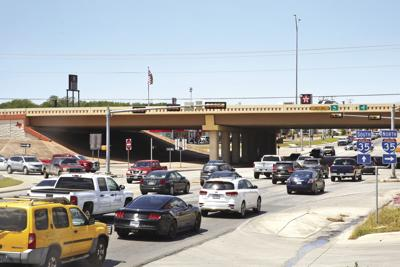 Intersection of I-35 and TX-46