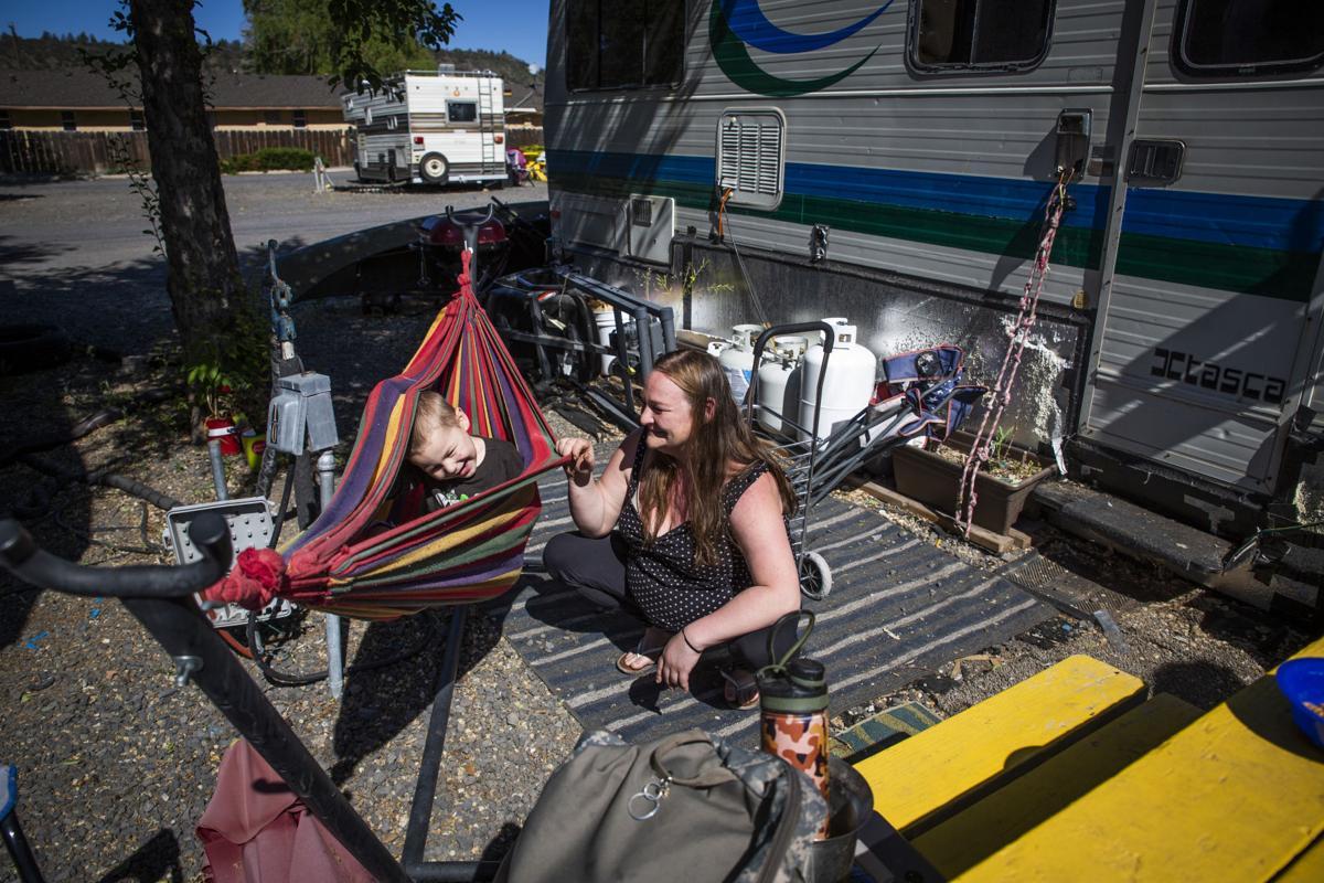 Oregon Motel 8 and RV Park - Cassandra and Loyal