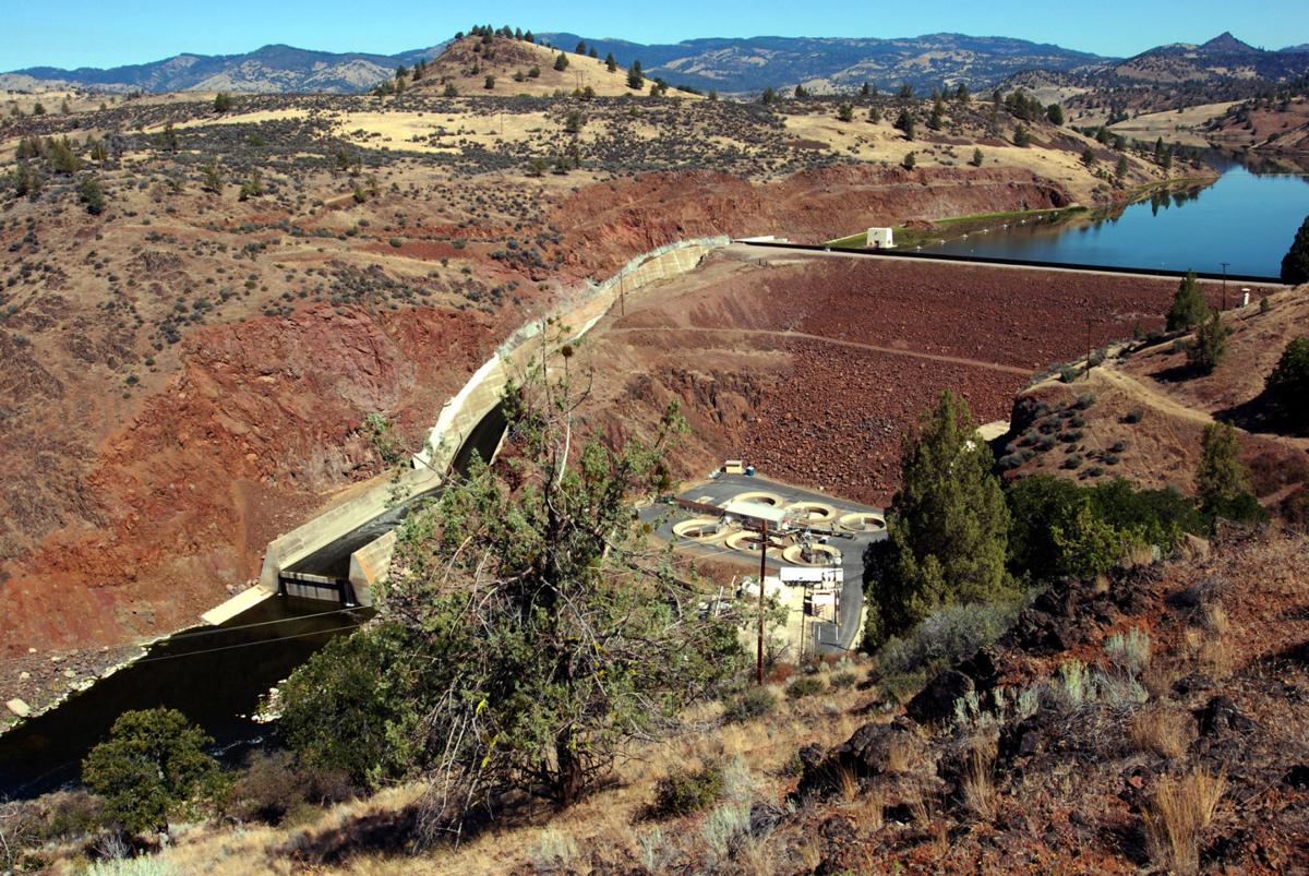 reclamation pulls back on water releases klamath 021117