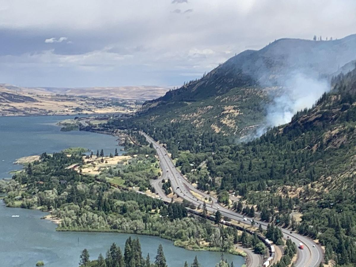 Wildfire Columbia Gorge