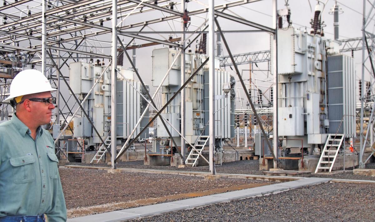 Pacific Power Installs New 1 7 Million Transformer