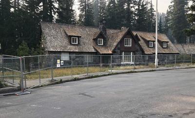 Steel center closure