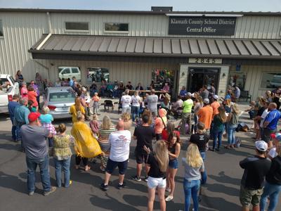 Klamath County School Board protest