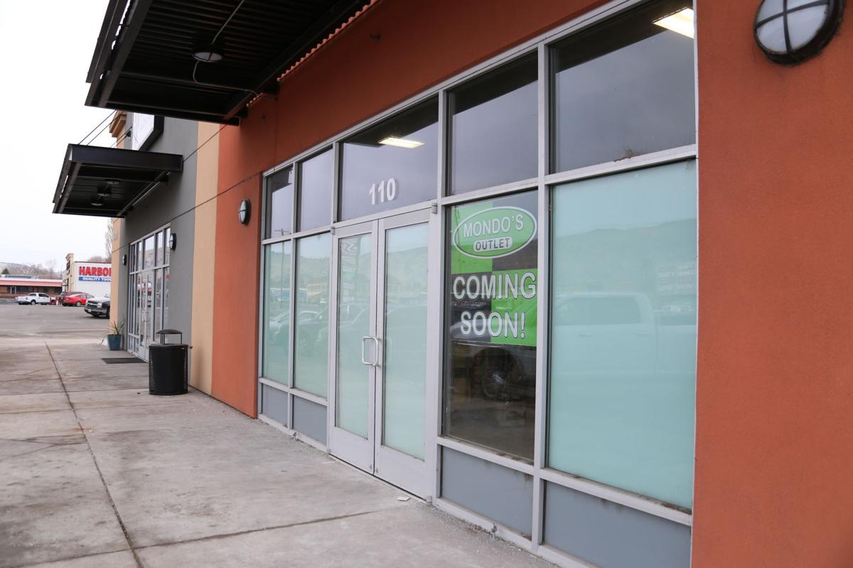 New overstock bulk, outlet store pops up along Sixth Street | News ...