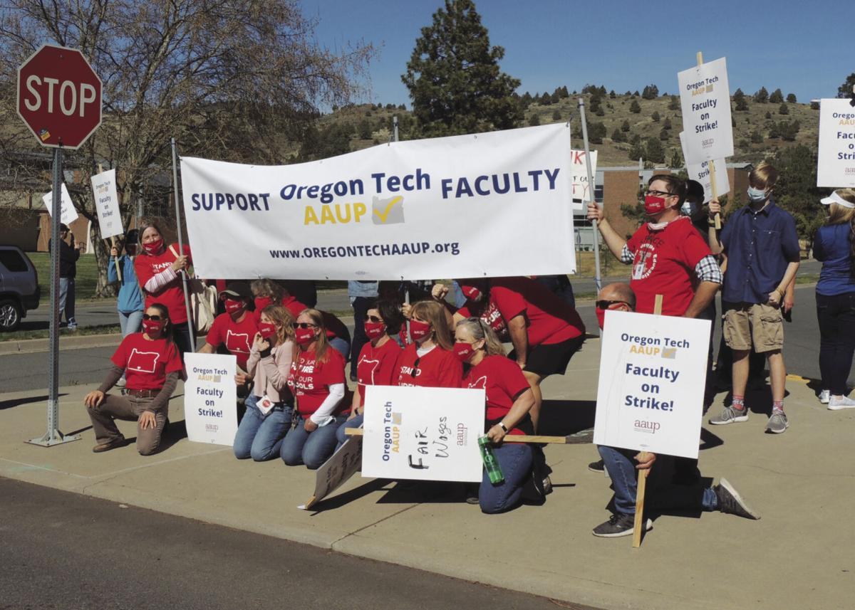 Teachers union OIT solidarity
