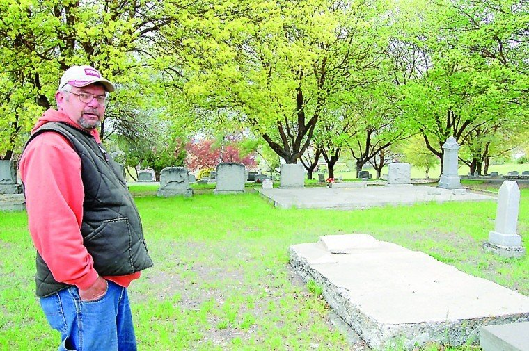 history abounds at linkville cemetery top story