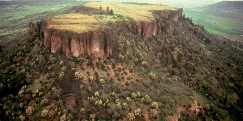 Phenomenal Table Rock Hikes Offered On Upcoming Spring Weekends Home Interior And Landscaping Dextoversignezvosmurscom