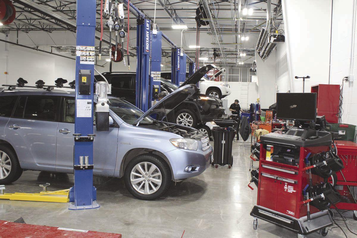 Lithia Chrysler Jeep Dodge >> New Lithia Toyota Dealership opens   Local News ...