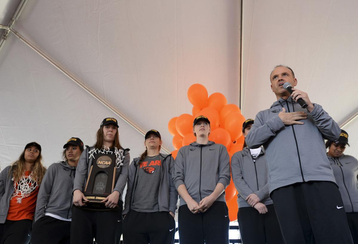 Oregon St Celebrates Basketball