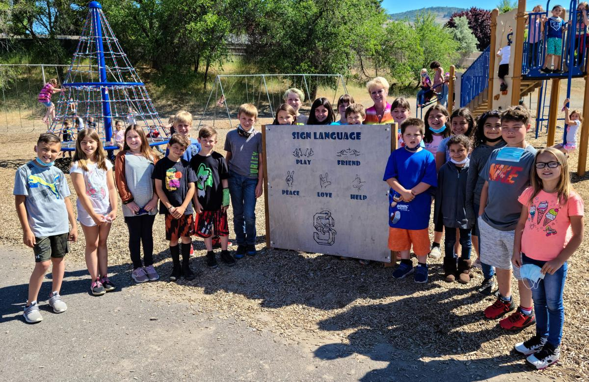 Shasta Elementary sign