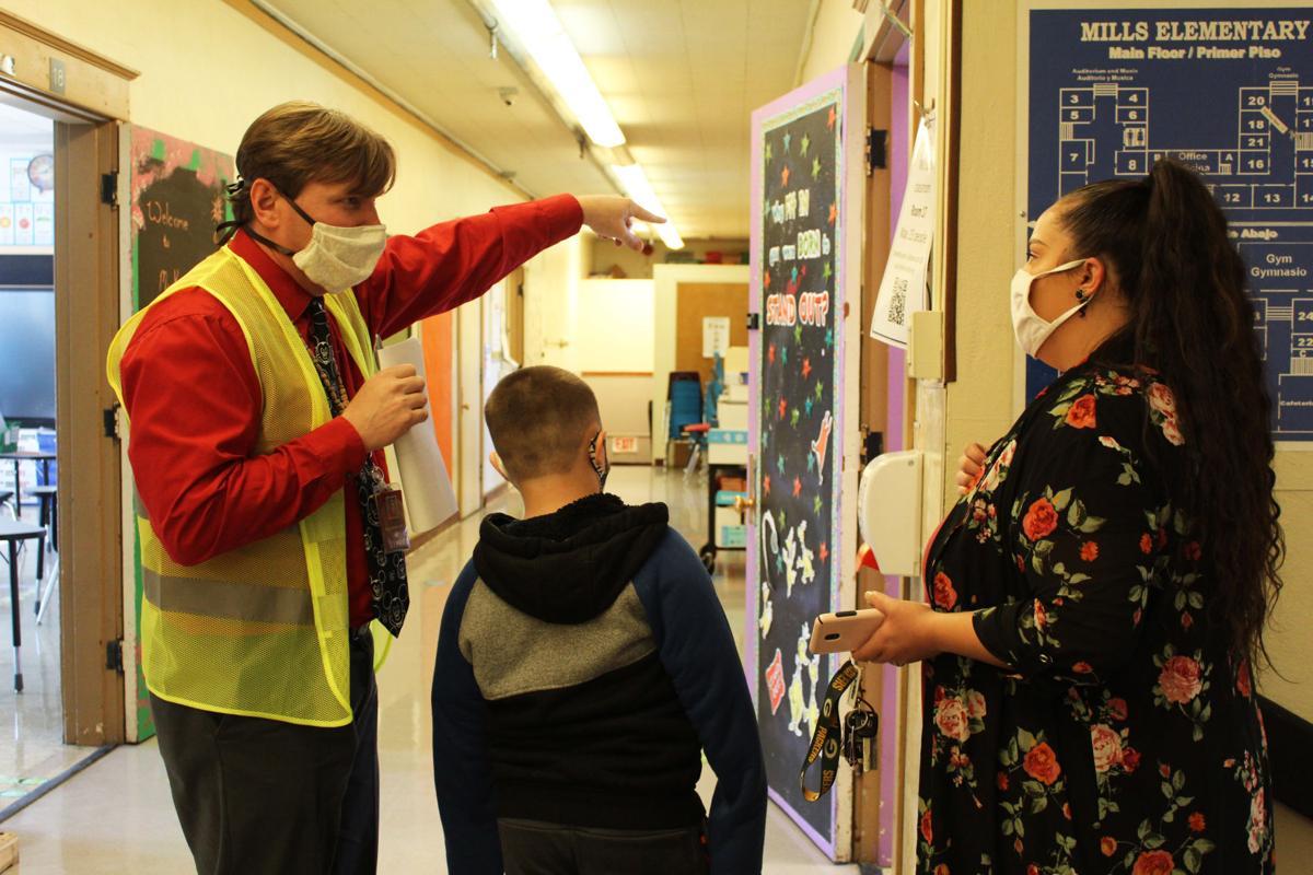 K-3 returns to classrooms in city schools