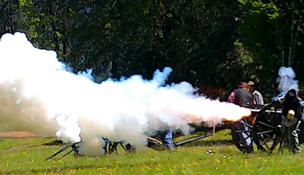 Cascade Civil War Society cannon fire