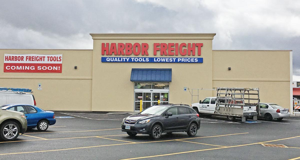 Town Amp Country Harbor Freight Opens Today Local News