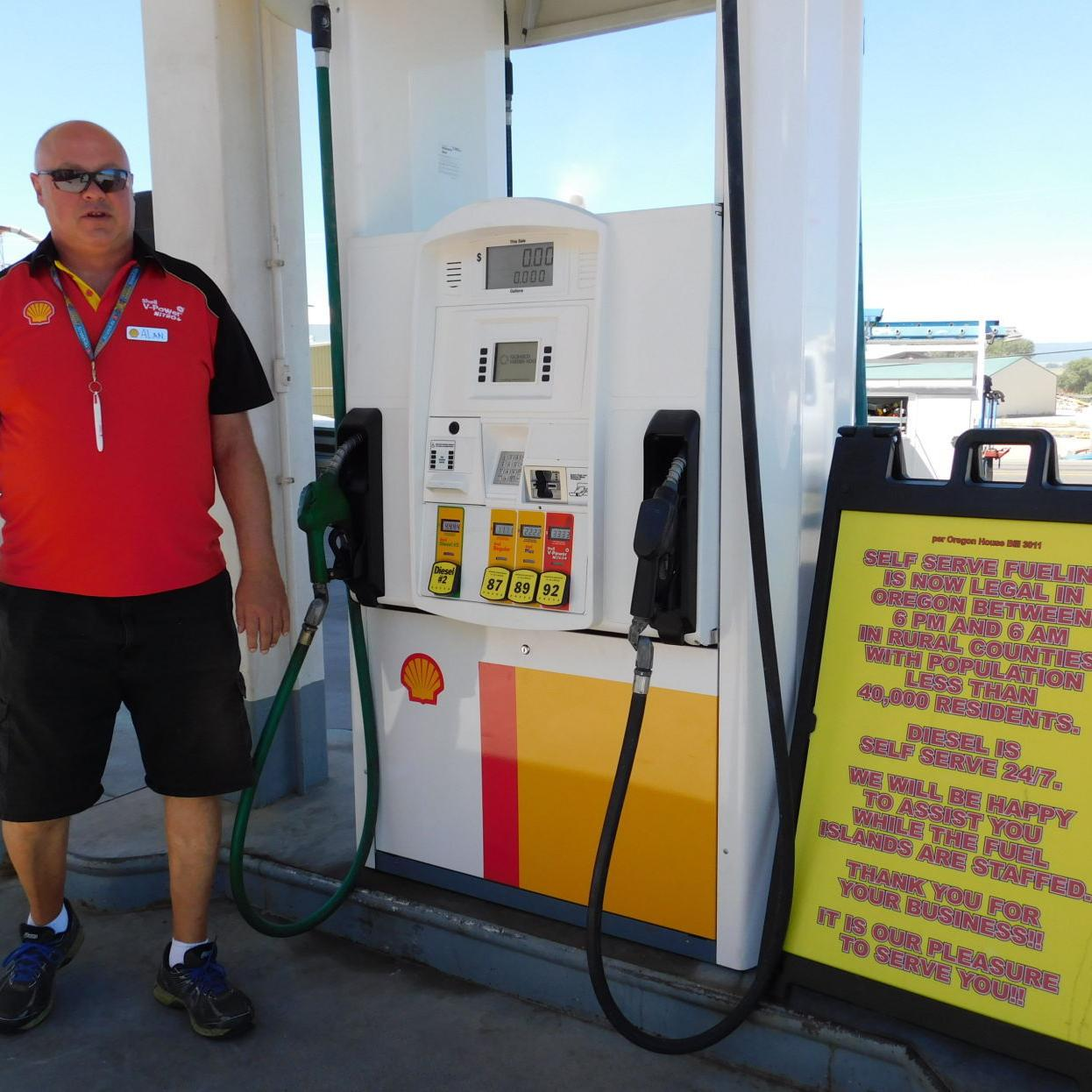 Not many want to handle self-service gas   Local News