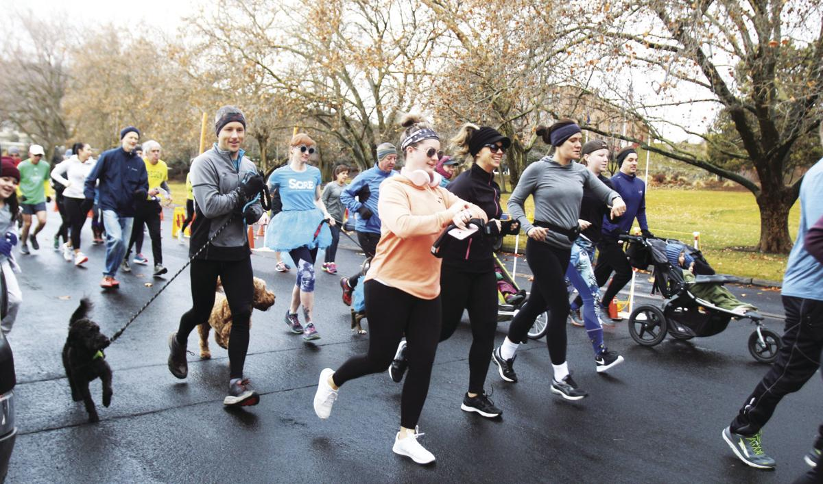 Hangover Handicap draws runners, walkers on New Year's Day