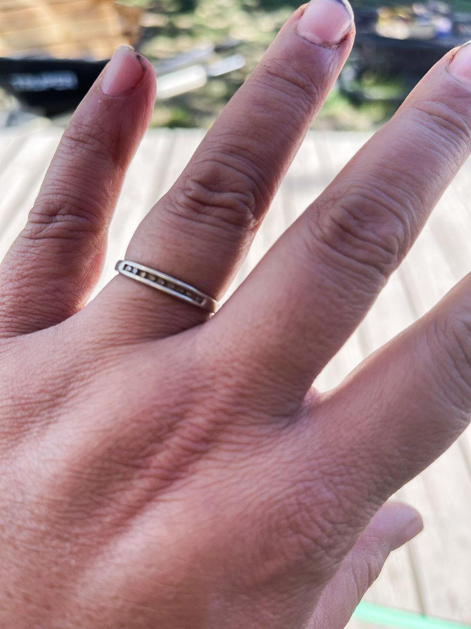 Handsaker Ring