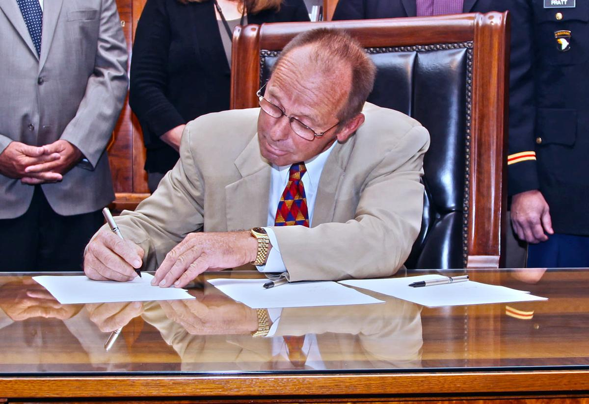 Oregon Sen Jeff Kruse Resigns After Investigation Into