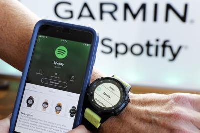 Earns Spotify