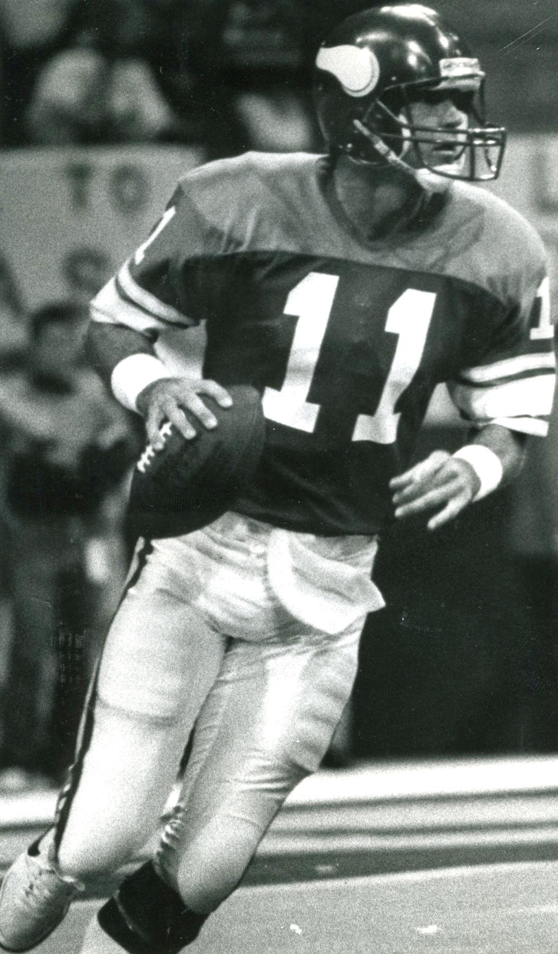 8a0dd2e3c0b Greenville native, former NFL quarterback & Cowboys assistant coach ...