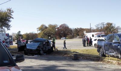 Three injured in major wreck on Highway 24 | News