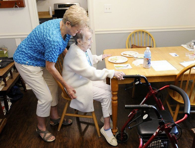 More seniors, families opting for long-term care at home