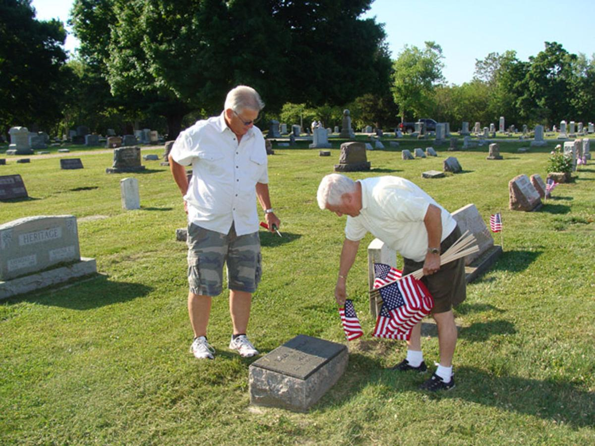 Departed veterans honored at Park View Cemetery | Local News