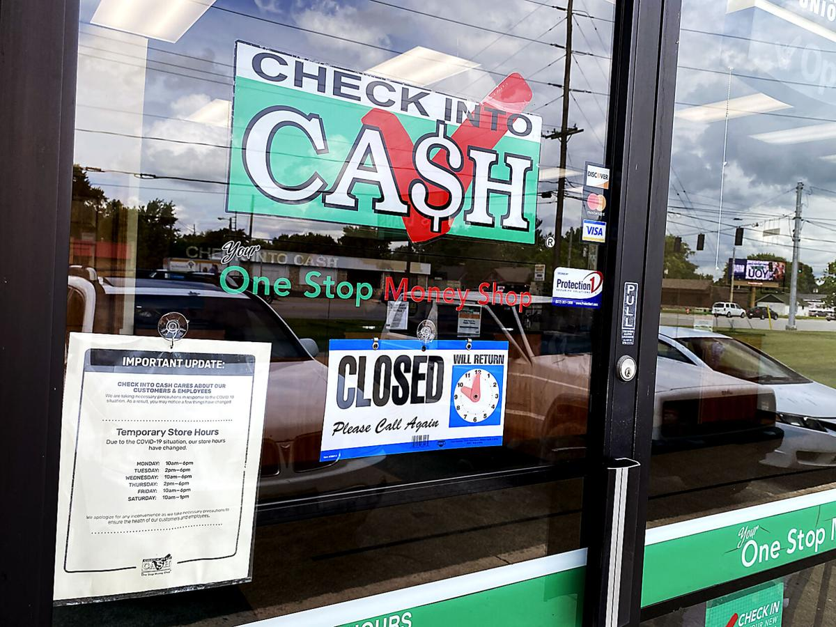 Man attempts to rob Check Into Cash