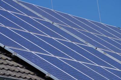 Solar panel bill could eliminate financial incentive