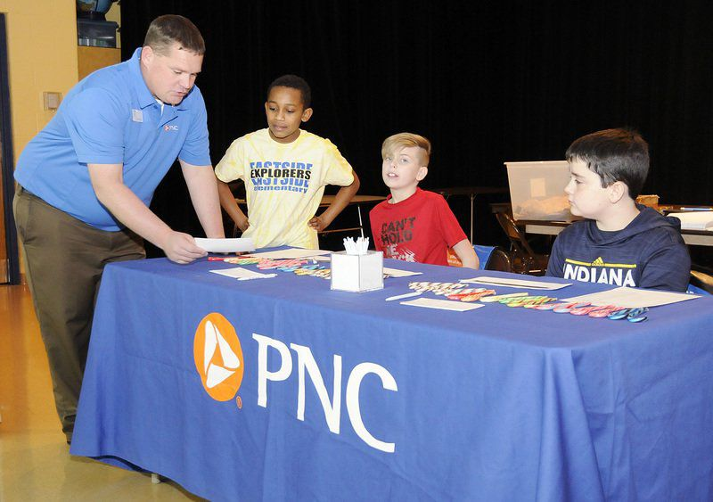 Partnership with PNC helps Eastside students understand importance