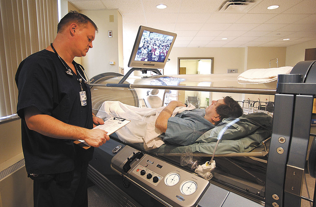 Community Hospital introduces hyperbaric chamber | Local News