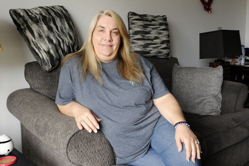 Elwood woman on quest to find twin brother she learned of recently