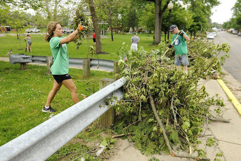 Volunteers, residents continue to assess damage caused by trees