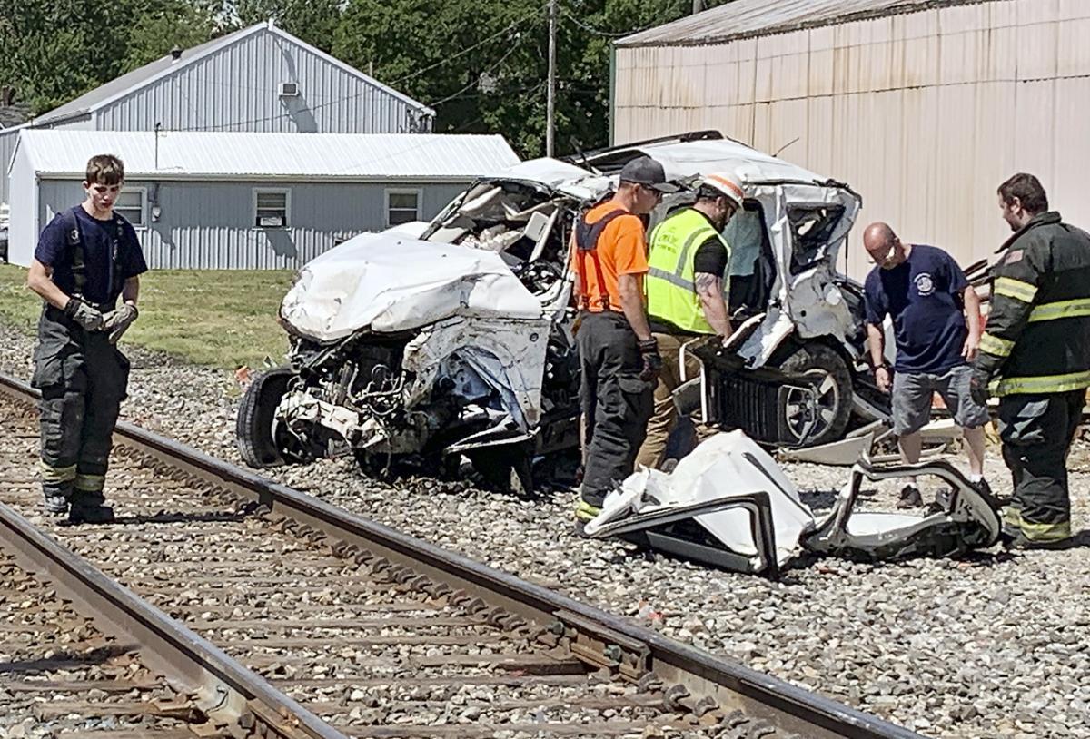Summitville train-SUV crash