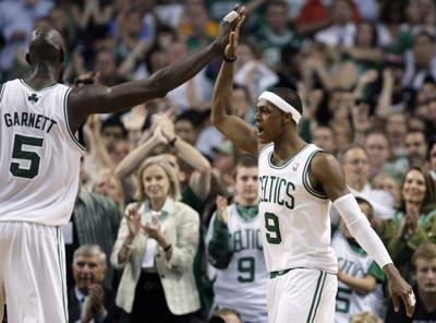 Heat Celtics Basketba_Harl.jpg