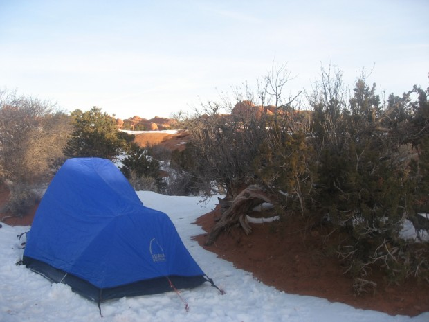 A tent in the snow at Devilu0027s Garden & A tent in the snow at Devilu0027s Garden | Camping | heraldextra.com