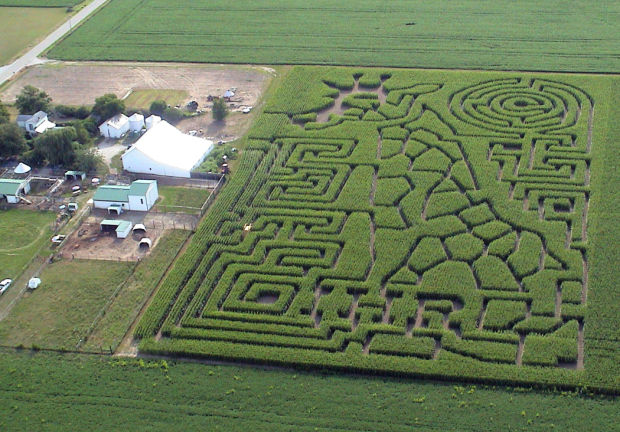 Corn Maze Cutter Stalks Fall Fun Across Country News Heraldextra Com