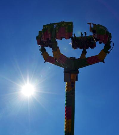 210813-HP-youth-fair-rides4-photo.jpg
