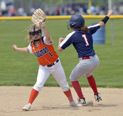 Mustangs shut out Bees in district final