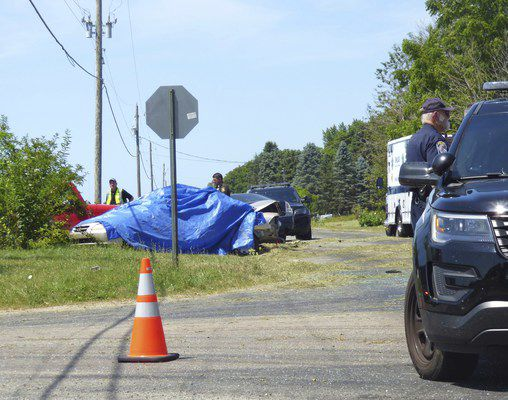 4 family members killed in crash