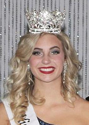 Sophia Tavolacci crowned Miss Watervliet