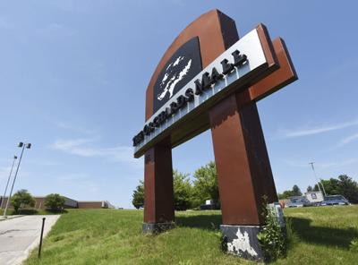 Orchards Mall offering rent incentive to potential stores