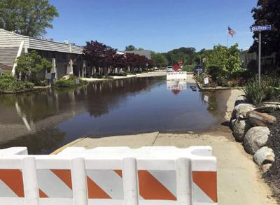 South Haven orders sand bags, pumps for Dunkley Avenue